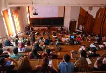 Studenții acuză Guvernul