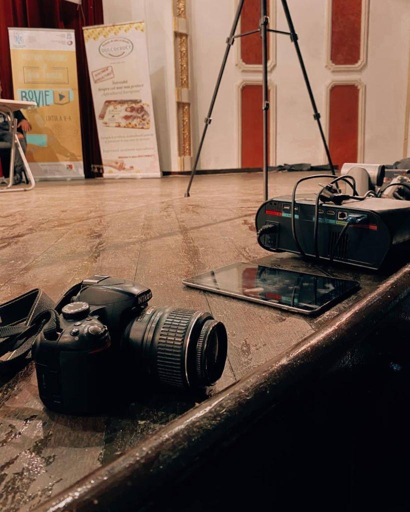 Descrierea generală prin fotografie. Scurta descriere F Photo Puteți descrie